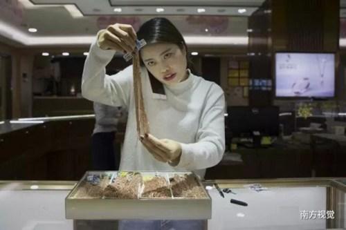 Ngôi làng nhiều vàng bạc châu báu nhất Trung Quốc - 6