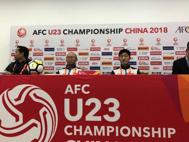 """Trực tiếp họp báo chung kết U23 Việt Nam - U23 Uzbekistan: Thầy Park e ngại """"bom 3 càng"""" - 1"""