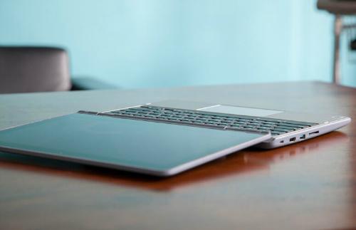 """Lenovo Flex 11 Chromebook: Laptop chống va đập cực tốt, giá """"ngon"""" - 6"""