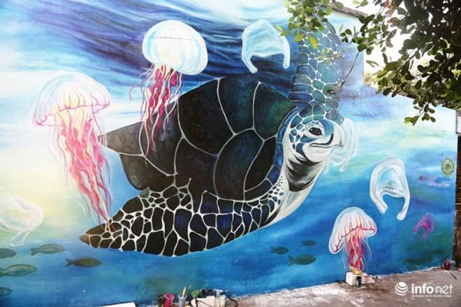 Làng bích họa đẹp mê hồn giữa thiên đường biển Lý Sơn - 4