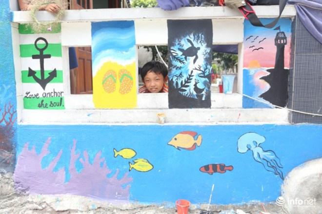 Làng bích họa đẹp mê hồn giữa thiên đường biển Lý Sơn - 8