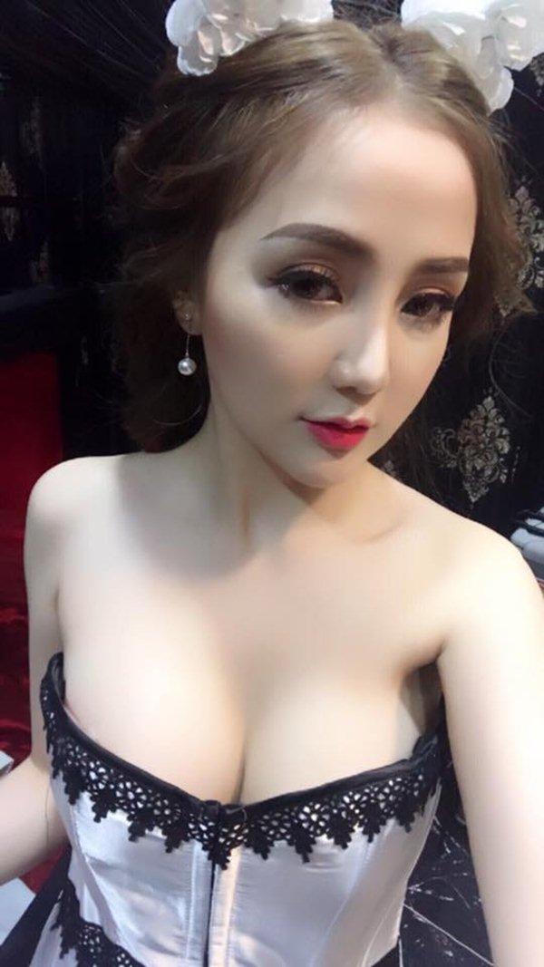 """Váy áo sexy của DJ Sài Thành khiến bao người """"đau con mắt bên phải"""" - 14"""