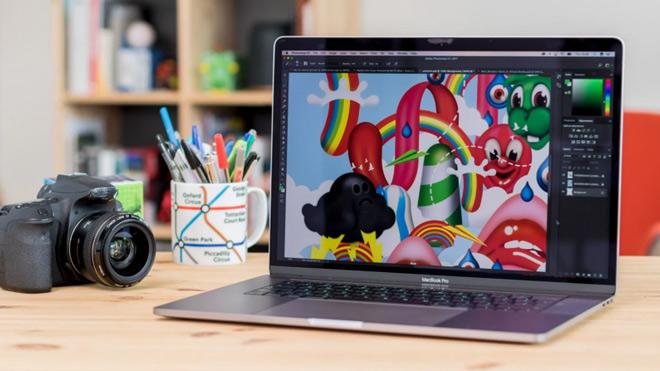 MacBook Pro 15 inch (2017): Laptop siêu chuyên nghiệp - 1