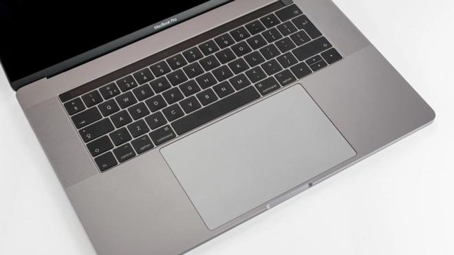 MacBook Pro 15 inch (2017): Laptop siêu chuyên nghiệp - 6