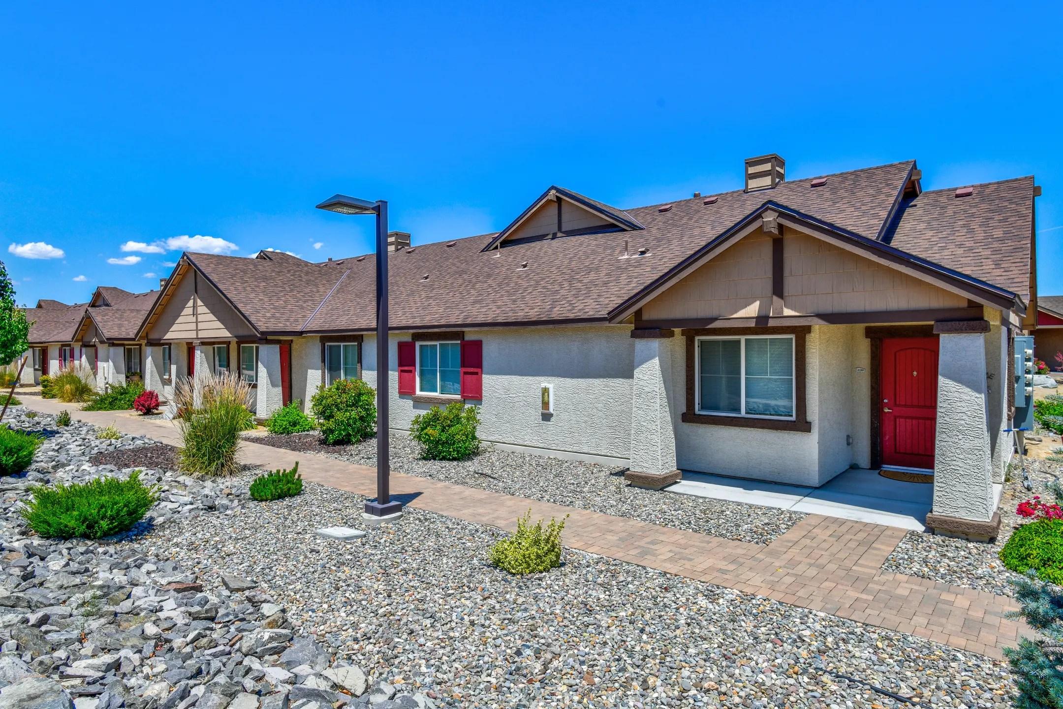 Sierra Sage Off-Campus TMCC Housing   College Rentals on Sierra College Dorms  id=73004