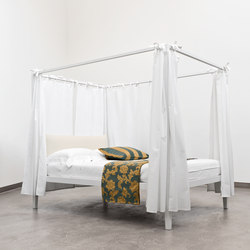 Beds Four Poster Beds High Quality Designer Beds Architonic