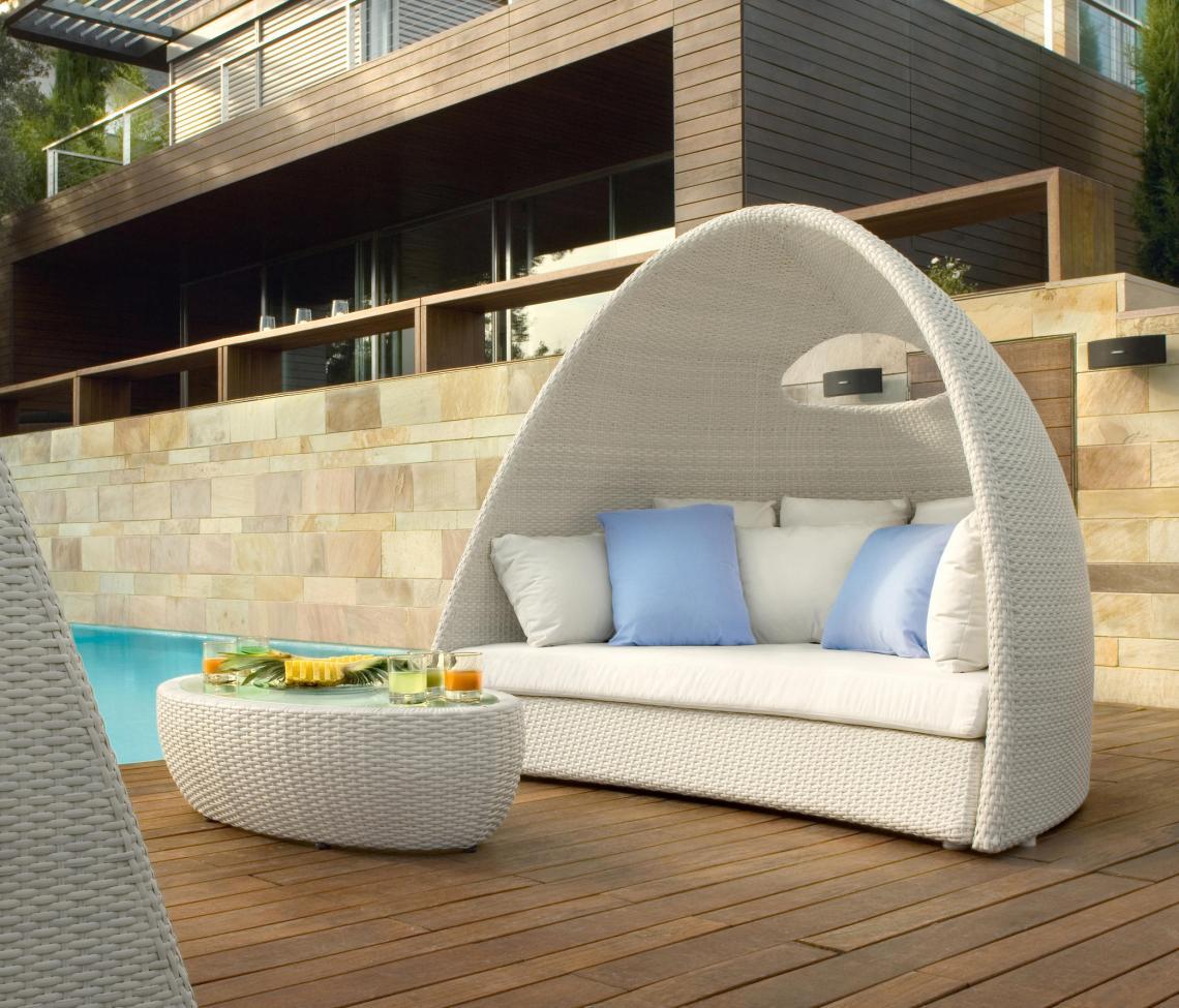 Igloo  Day Bed Sofa By Roberti Outdoor Pleasure Cofurniture