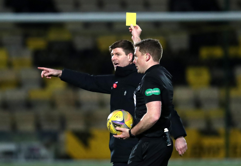 Steven Gerrard hits referee John Beaton while Rangers beats Livingston