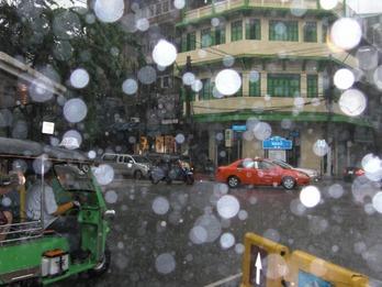 タイ雨-1