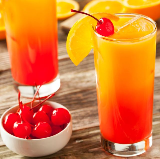 Tequila Sunrise: So gelingt der Sonnenaufgang im Glas