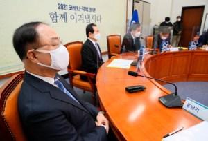 '홍두 사미'홍남기, '국민 위안 금', '반대'… 이번에는 우리의 신념을 지킬까요?