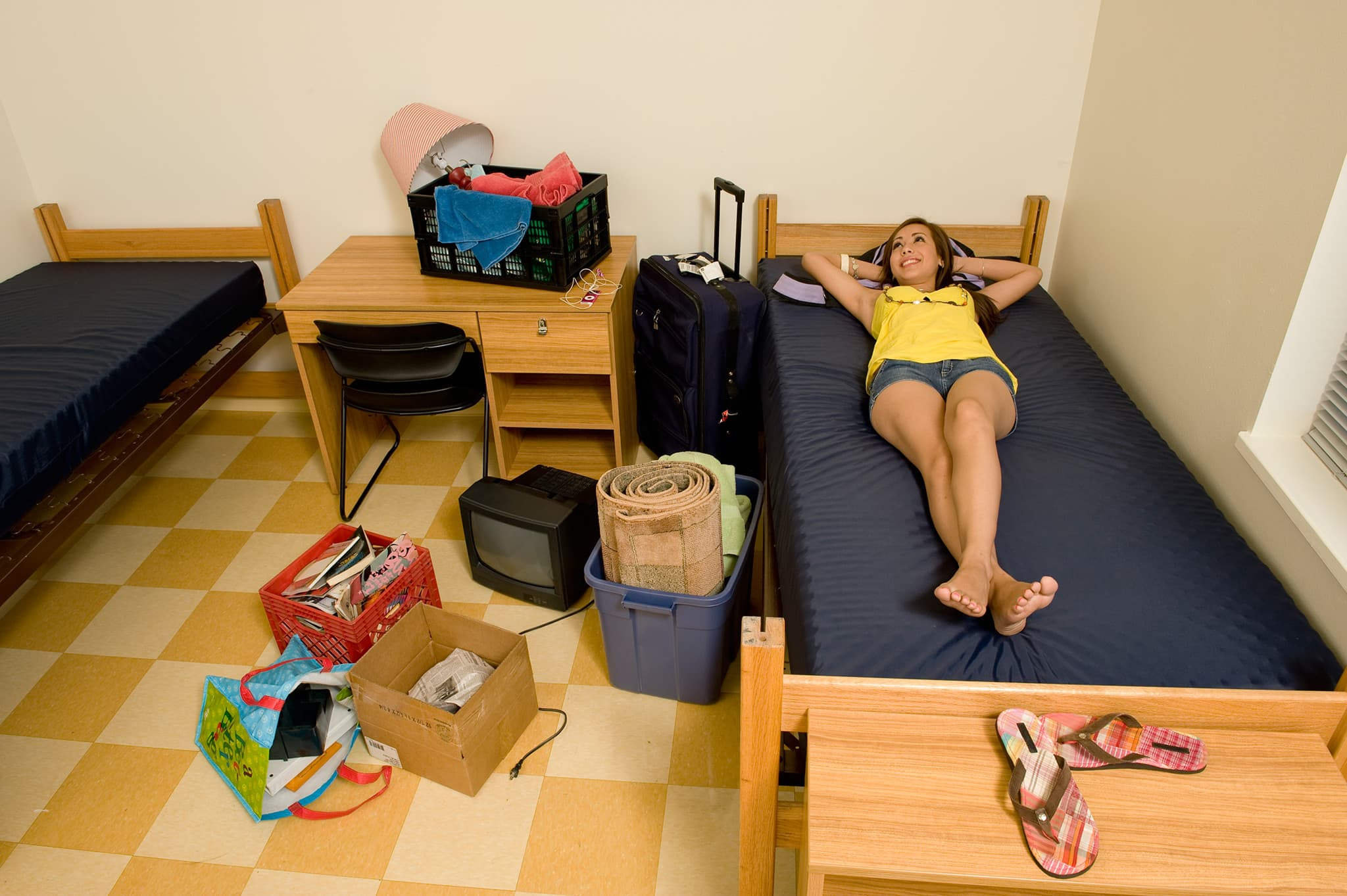 Here Are 5 Things You Absolutely Shouldn T Bring To A College Dorm