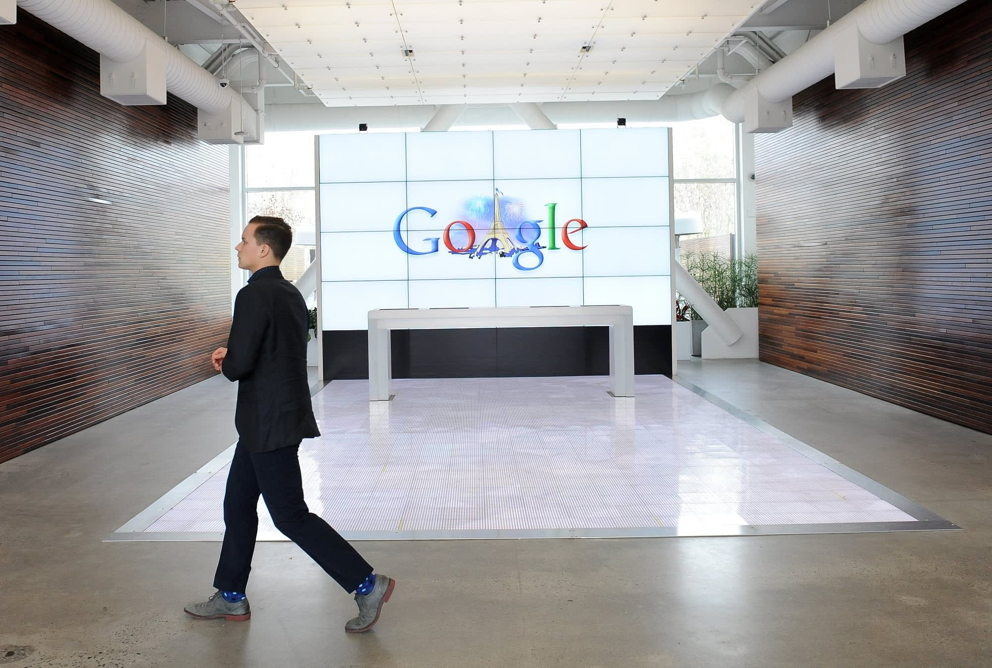 Google bans ads for services that secretly track, monitor people 3