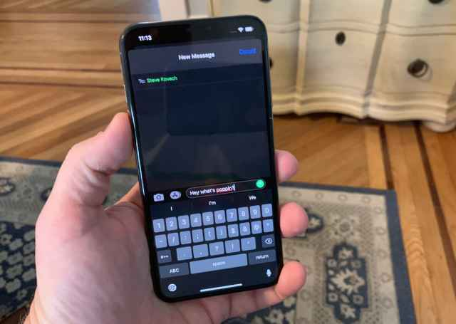 CNBC Tech: iOS 13 dark mode messages