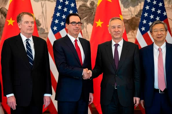 U.S. and China to hold trade talks in the coming days, Chinese commerce ministry says