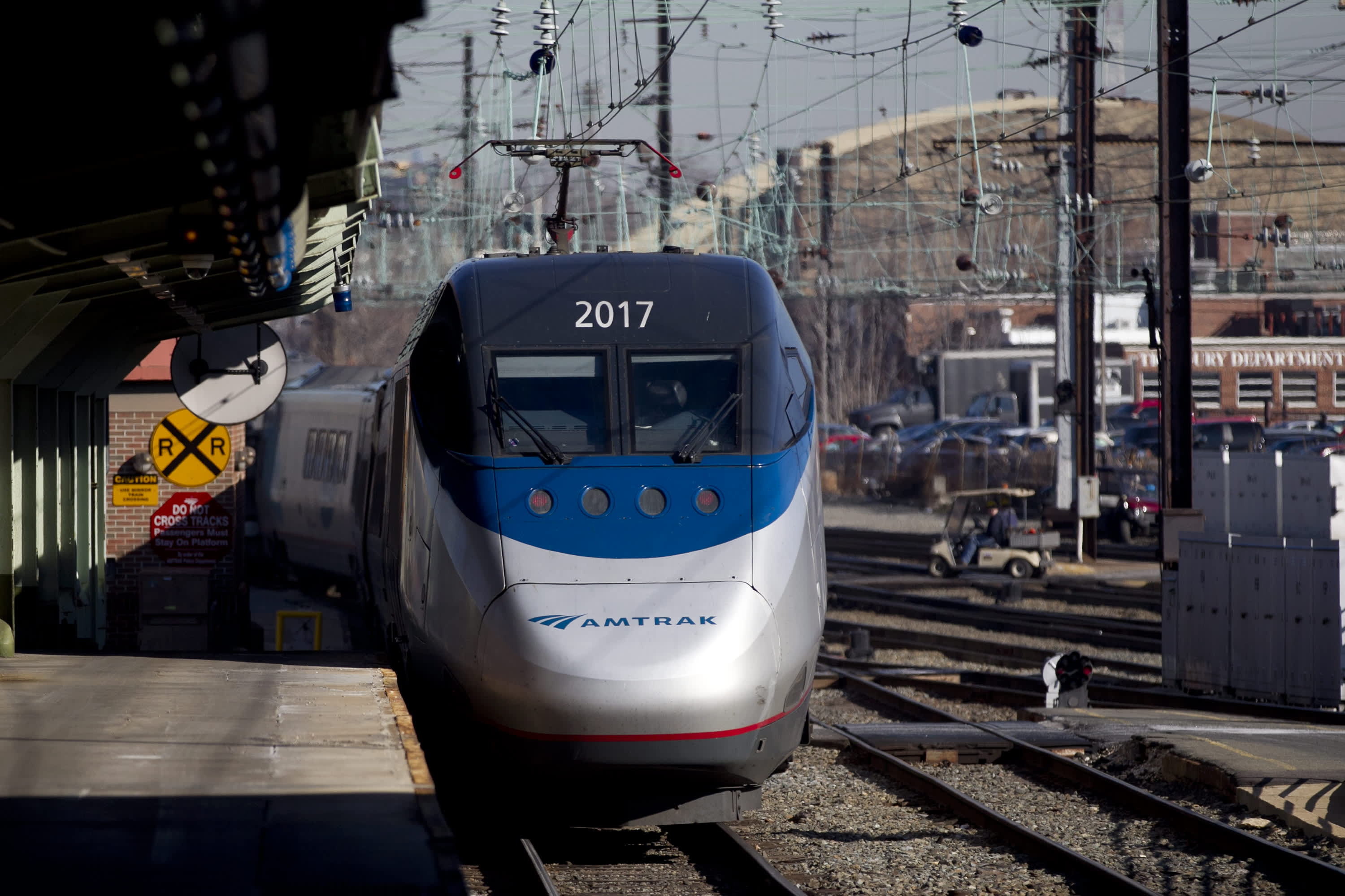 Amtrak suspends nonstop Acela service between DC and New York due to coronavirus