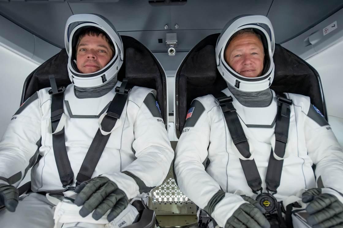 H/O: NASA Astronauts SpaceX Crew Dragon 2004