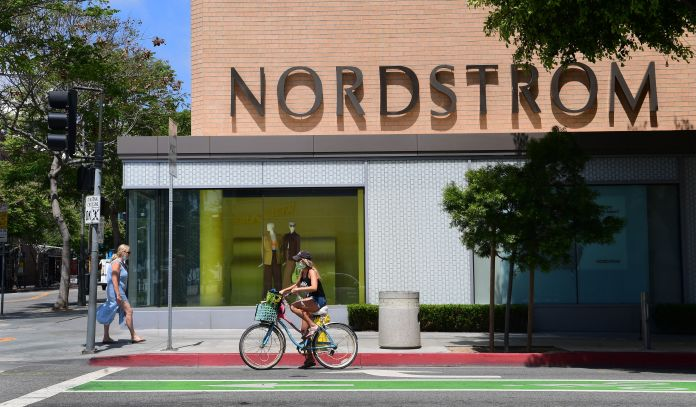 Nordstrom shares fall as earnings and 2021 outlook disappoint