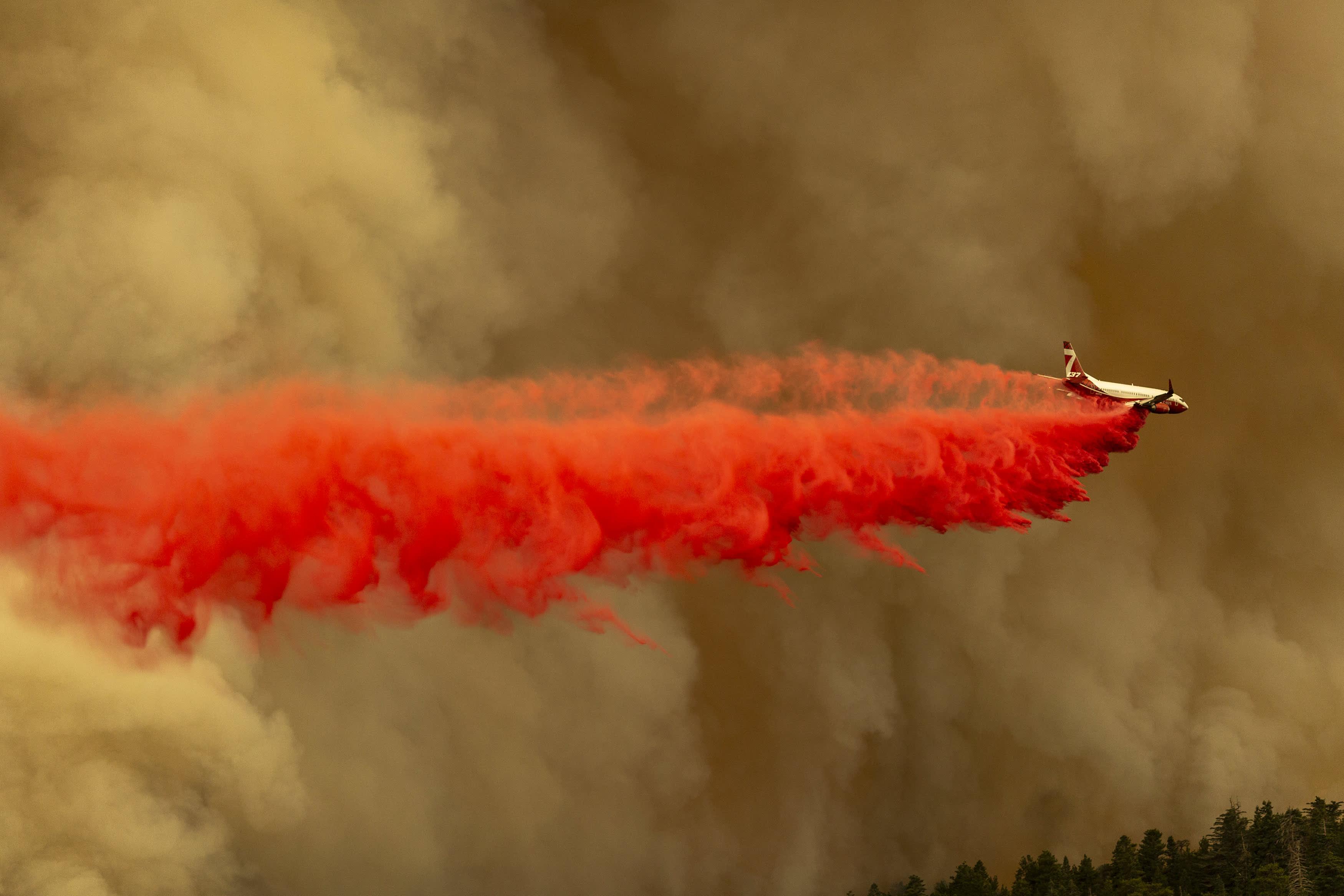 Destructive wildfires tear through U.S. West Coast, prompt widespread evacuations in Oregon