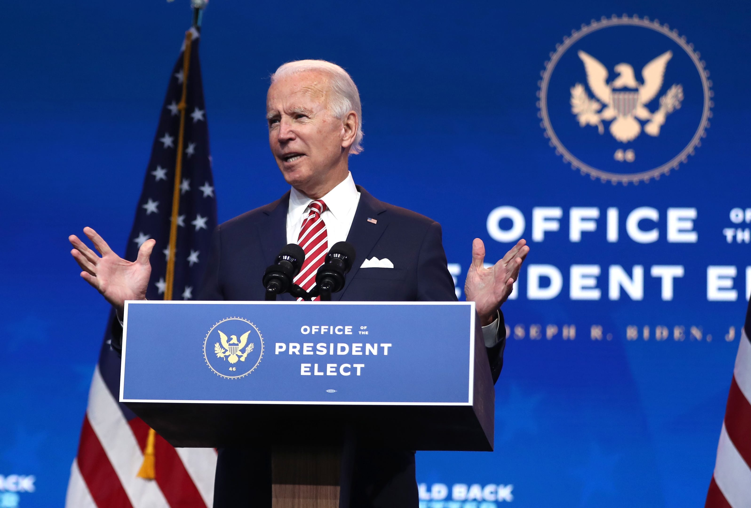 Biden forges ahead with the transition while Trump paralyzes Washington
