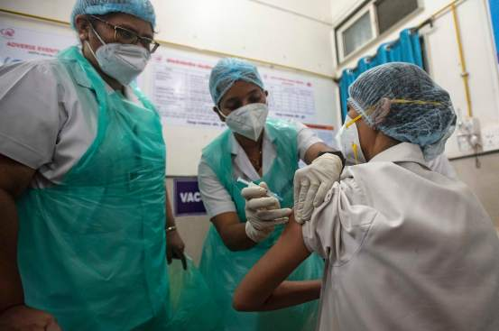 India Covid-19 cases increase, vaccination accelerates