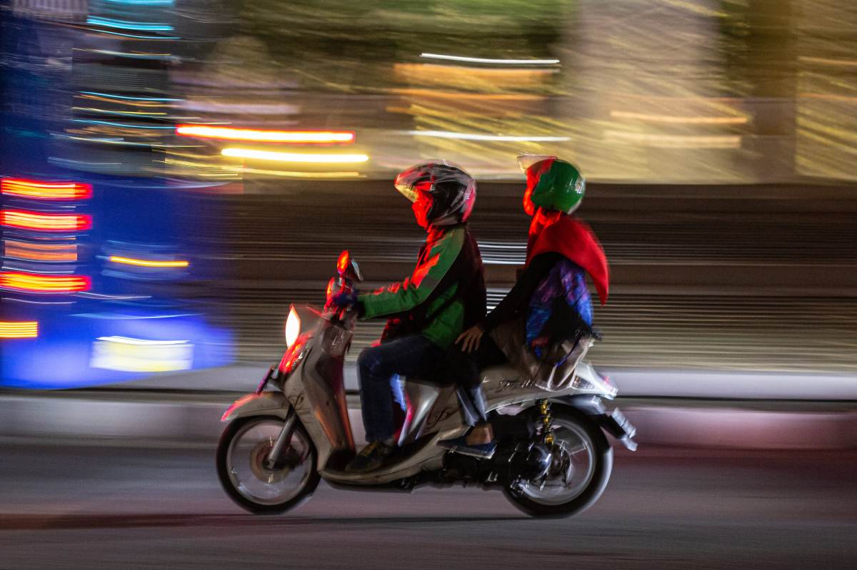 Indonesian ride-hailing giant Gojek wants to make every vehicle on its app electric by 2030, Swahili Post