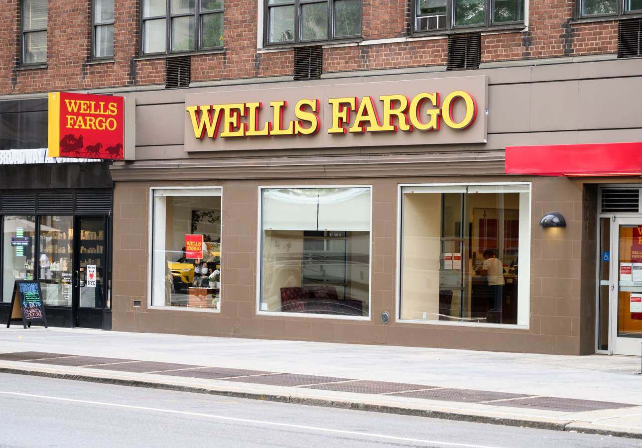 The result of an application is mostly based on your credit score, although other factors are. Wells Fargo To Launch New No Annual Fee Card With 2 Cash Back