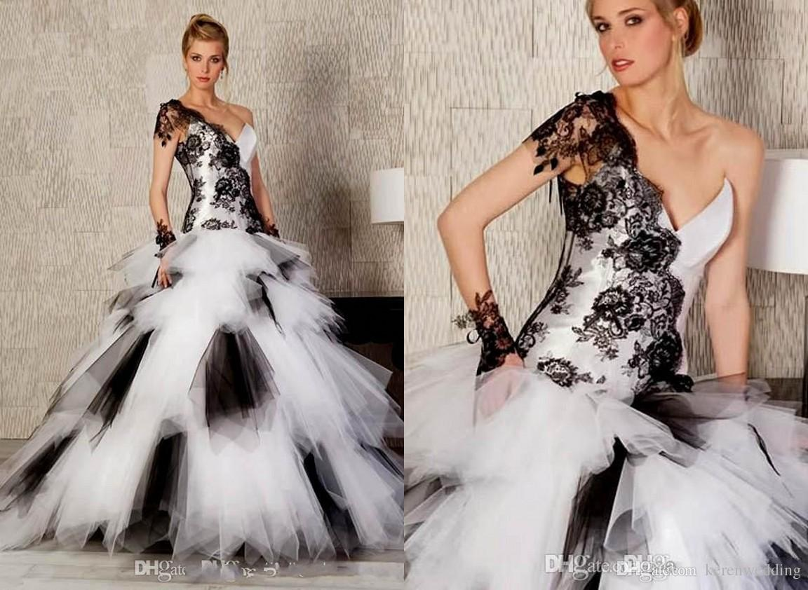 2015 Fashion Black And White Ball Gown Wedding Dresses One