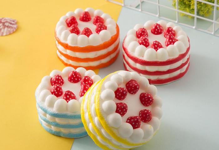 Stress Relief Squishy Cake Strawberry Cake Design Super Slow Rising