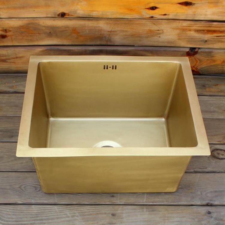 2021 smooth surface brass bar sink