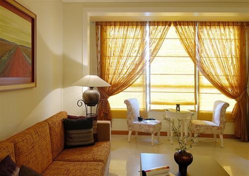 Phòng khách là nơi cần có hệ thống cửa sổ lớn