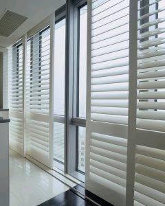 Manual Sliding Inside Window Shutters Wood For Room
