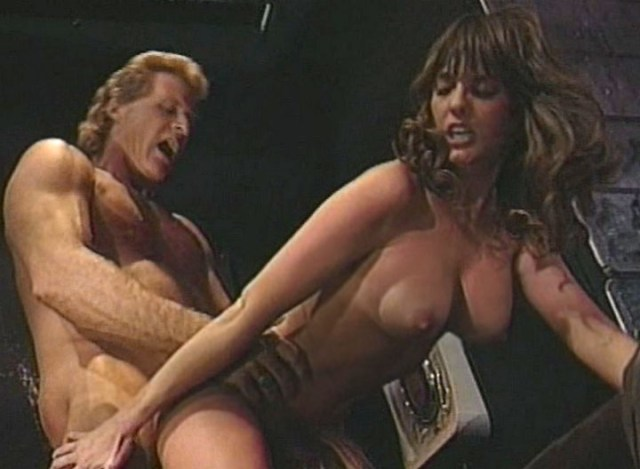 Sexy Brown Haireds Sucking Getting Screwed Extreme On Stage
