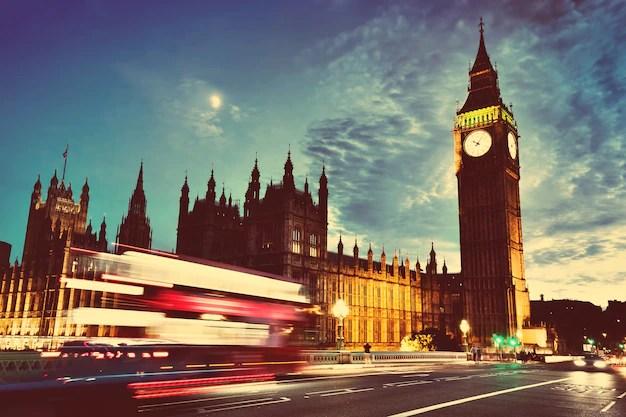 El reloj del big ben Foto gratis