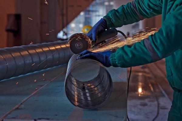 Дуговая сварка стали на строительной площадке | Бесплатно Фото