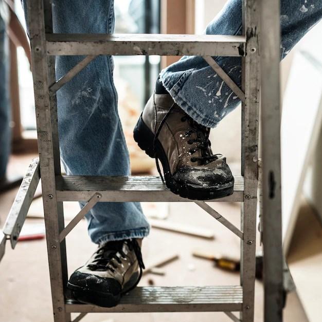 Toolbox Talks Ladders