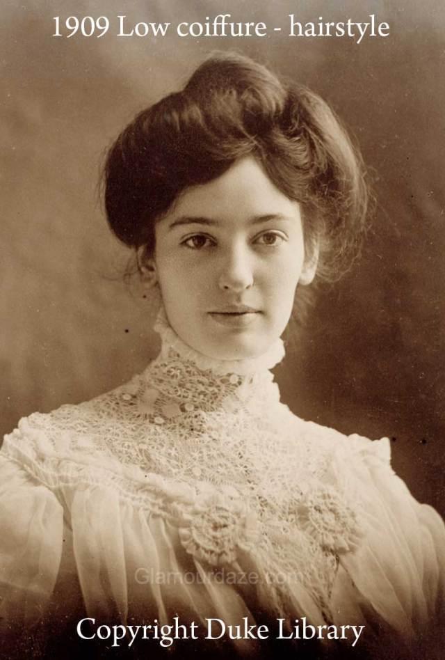 women show the latest pompadour hairstyles -1909 | glamour daze