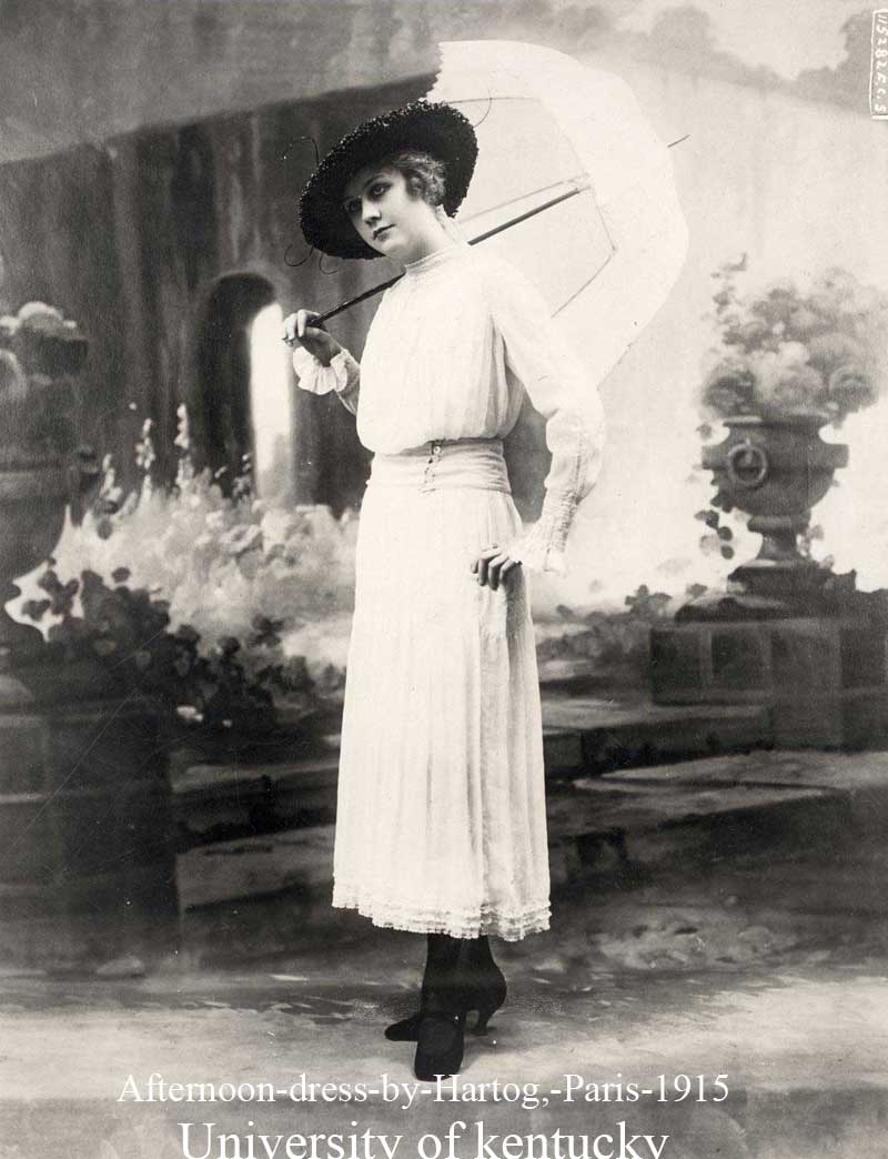 Common Girls Dress 1900