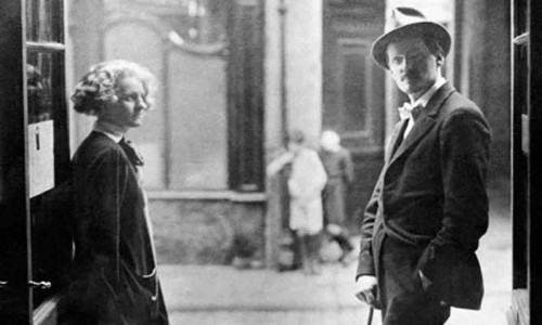 James-Joyce-and-Sylvia-Beach-in-Paris