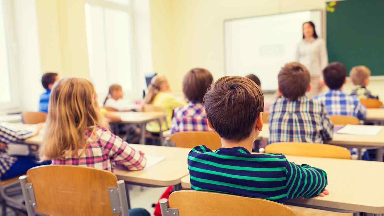 La riqueza económica de los países no garantiza el acceso justo a una educación de calidad