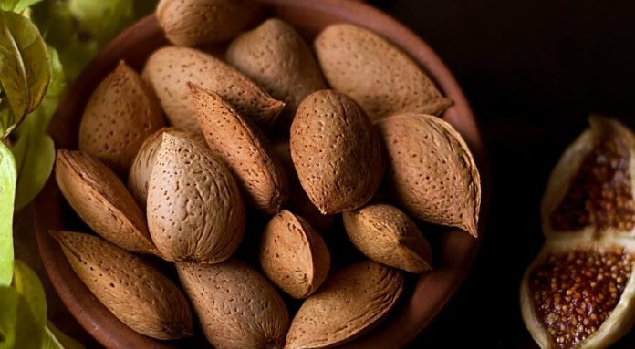 almonds cause of death