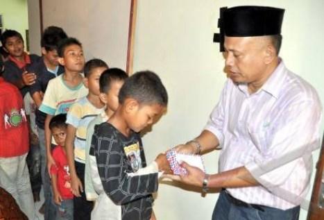Bantunan kepada 250 anak yatim Aceh