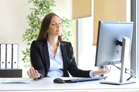 Controlar el estrés laboral.