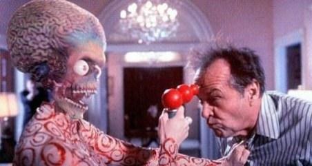 """Alien: """"salah sendiri kontak kami!"""""""