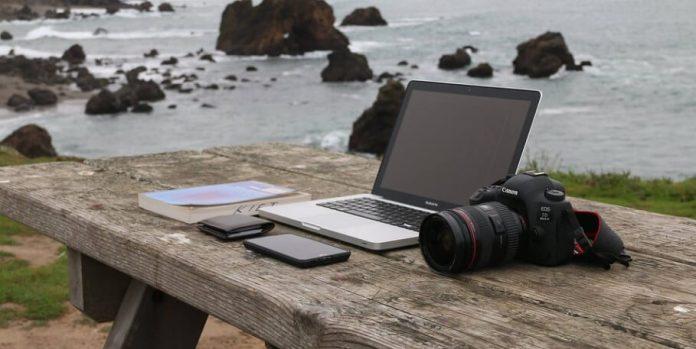 freelance_photographer earn money online