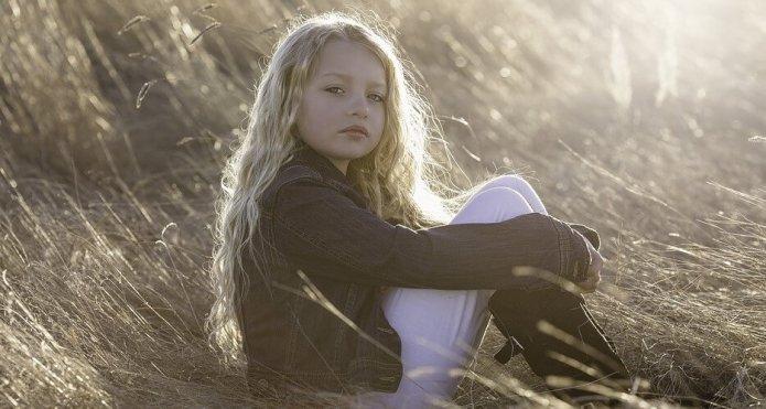 saddy_girl child confidence