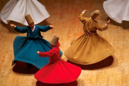 Para sufi menari. Tuhan itu pengalaman