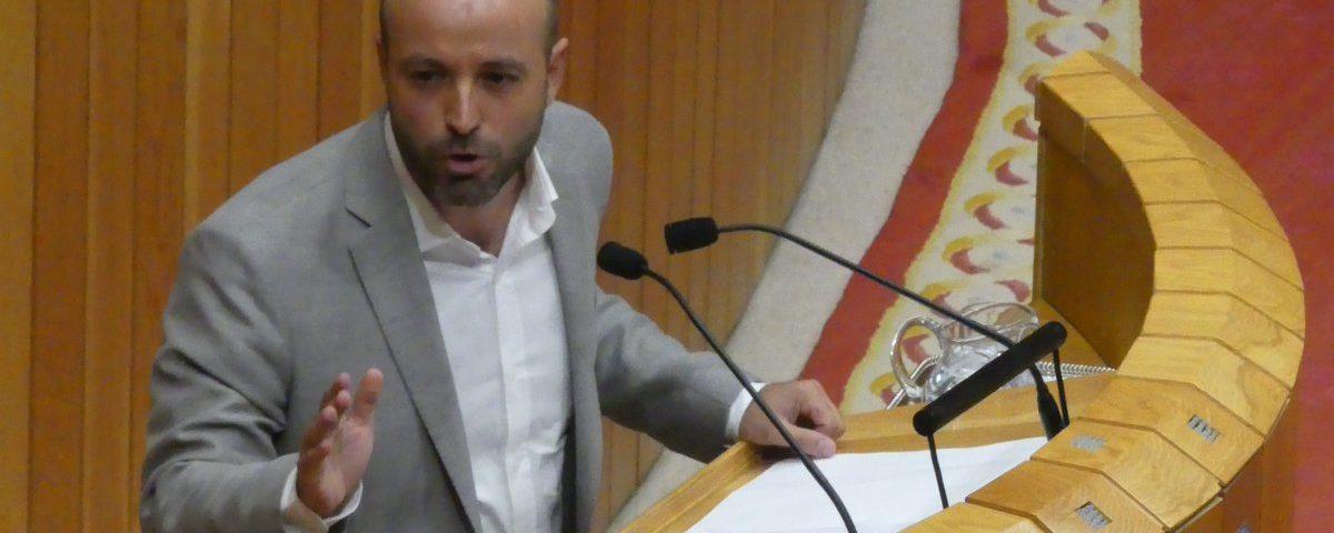 En Marea presenta no Debate do estado da Nación a súa alternativa para garantir unha mínima xustiza social e a igualdade de oportunidades