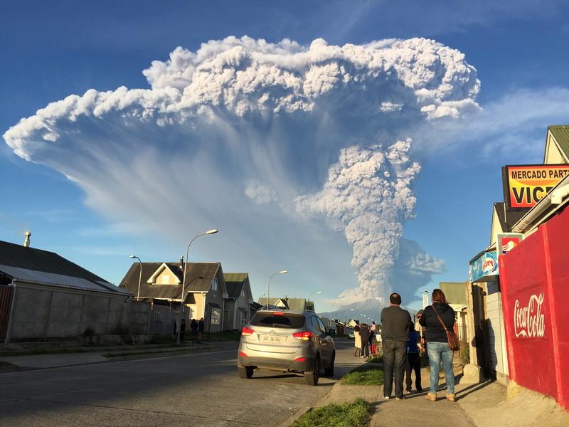 Eruption of Chilean Calbuco volcano