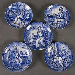 5 WEDGWOOD PLATES Five Wedgwood Blue Transferware Plates E